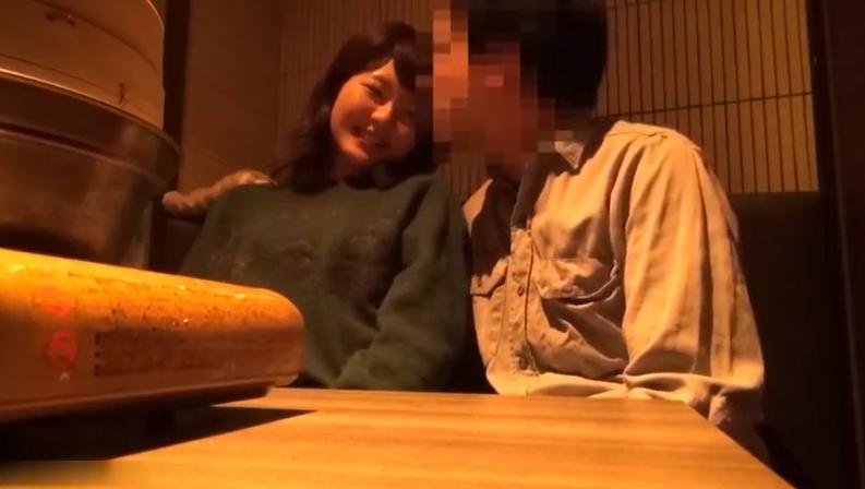 【2018新作】スマホ個人撮影!女子大生を居酒屋個室で酔わせてハメ撮り【リアル】