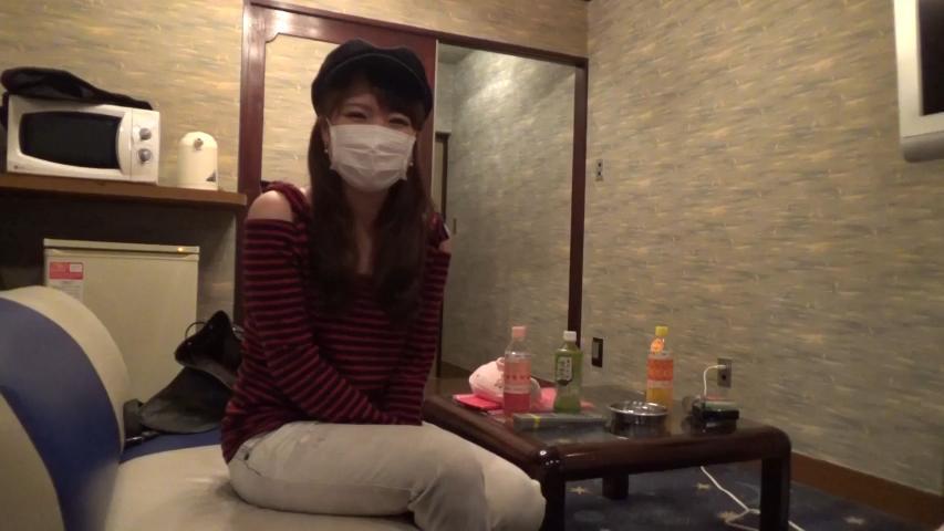 お嬢様女子大生の本物素人娘あいちゃんのハメ撮り15.jpg