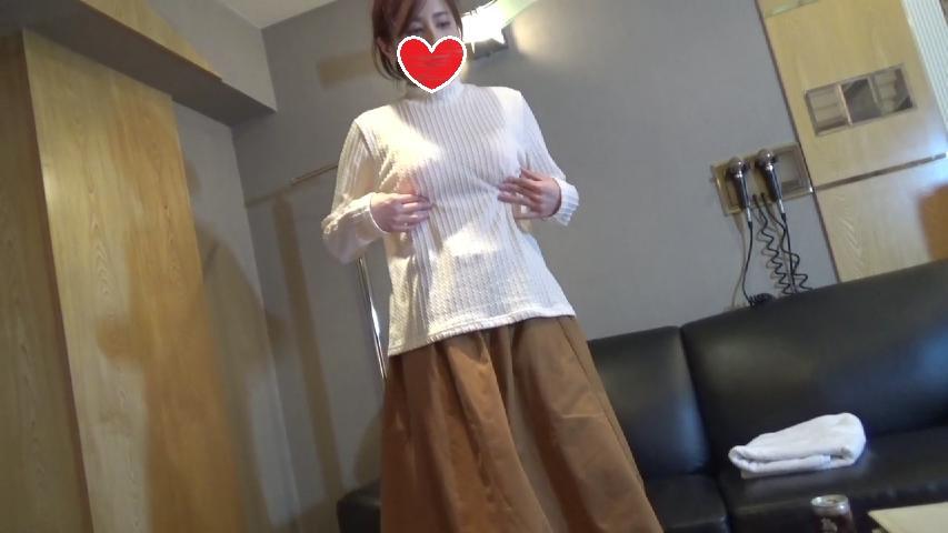 デストロン本物素人高学歴娘のハメ撮り1.jpg