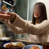 【無修正x個人撮影】人の奥さん愛奴3号 自宅で料理を作ってくれたお礼に子作りの手伝いをしてあげました。