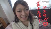 【セクハラインタビュー】ドエロ熟女の小早川怜子を騙して弄ってクンニ!【サンプル有】